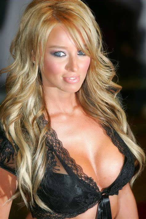 Lauren Pope Photo 12 - Gallery from football