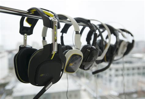Headset reviews: Seven top-of-the-line models compete for