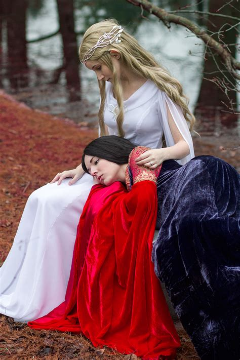 Arwen & Galadriel cosplays - Lord of the Rings