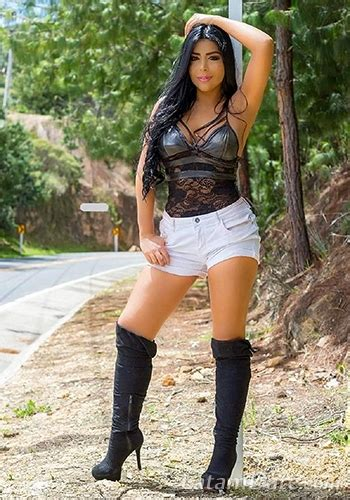 Profile of Kimberly , 35 Years Old , From Bogota Colombia