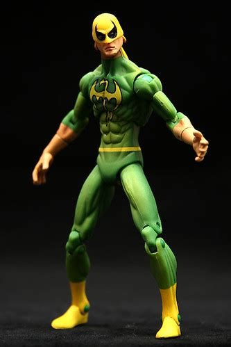 Marvel Universe 3 3/4 Inch Series 1#017 Iron Fist Action